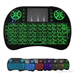 Беспроводная клавиатура с тачпадом i8 L с цветной подсветкой