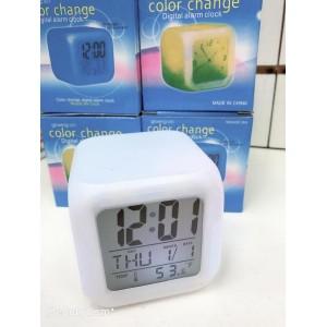 Настольные часы хамелеон Куб Color change №H63 (100)