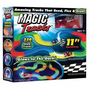 Гоночный трек Magic Tracks на 220 деталей 1 машинка